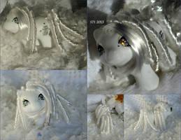 Snowfall- a Custom Kanji Baby MLP by wylf