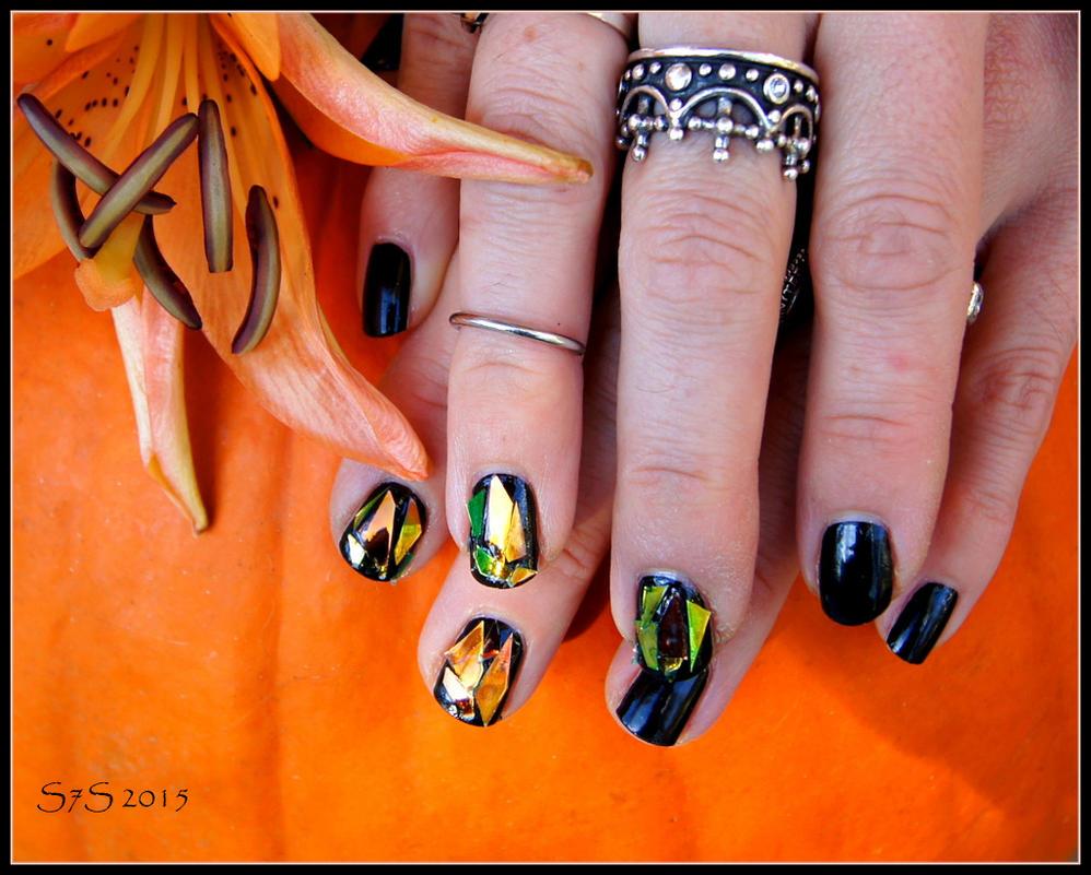 Broken Glass Nail Art by wylf
