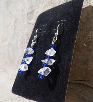 Elegant Quartz Earrings - Beaded