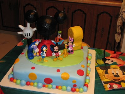 how to make mickey mouse ears with fondant