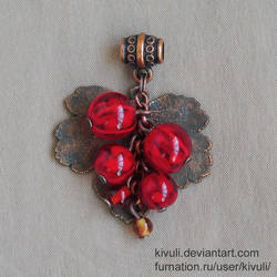 Red currant with copper leaf by Kivuli