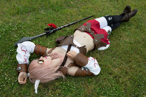 Laying on the grass_Lightning Miqo'te by AiridAndKaitoCosplay