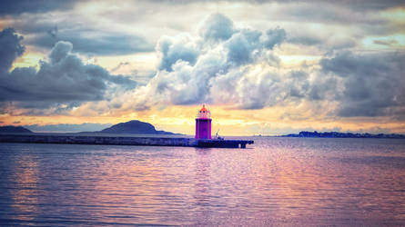 ... the lighthouse ... by FlowerOfTheForest