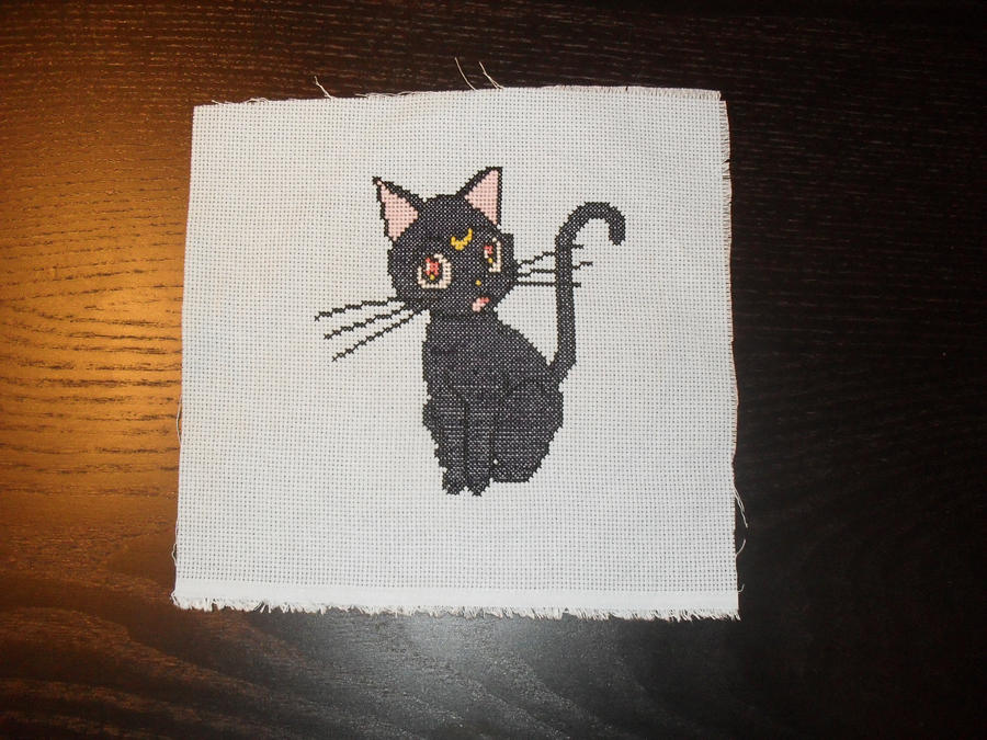 Luna cross stitch by Nikkirose555