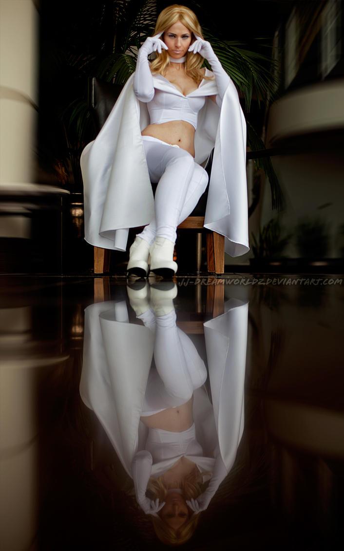 Emma Frost : Diamond's Reflection by jj-dreamworldz