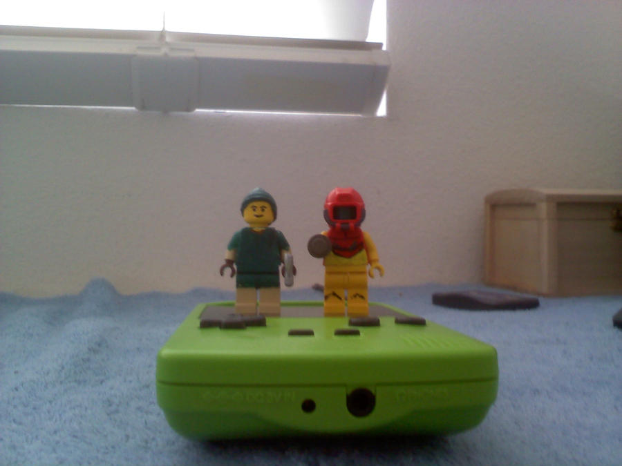 Samus and Link LEGOs by Yxanr