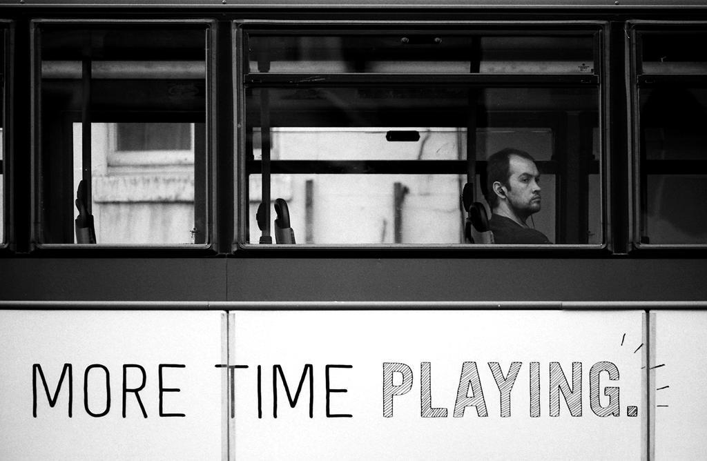 005 on the bus series by noahsamuelmosko