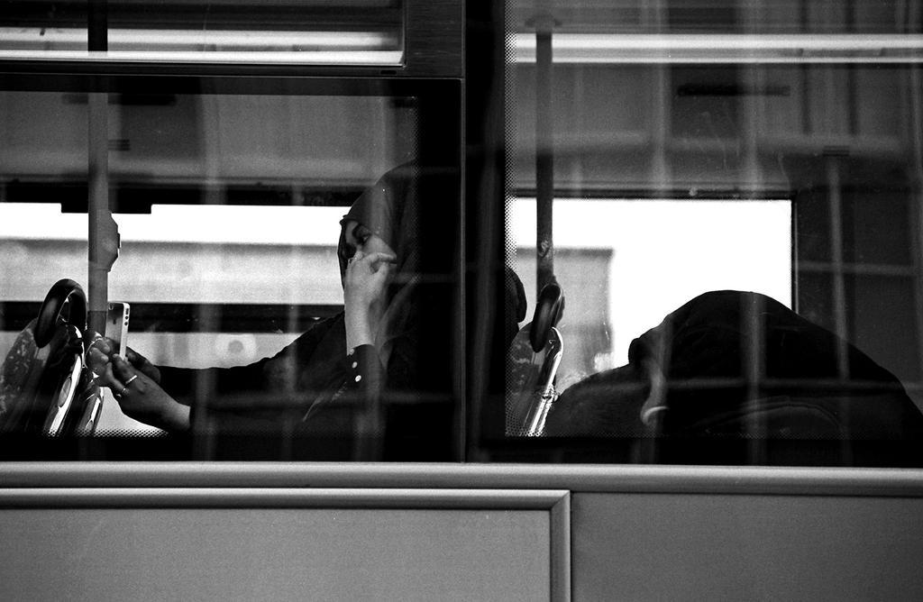 006 on the bus series by noahsamuelmosko
