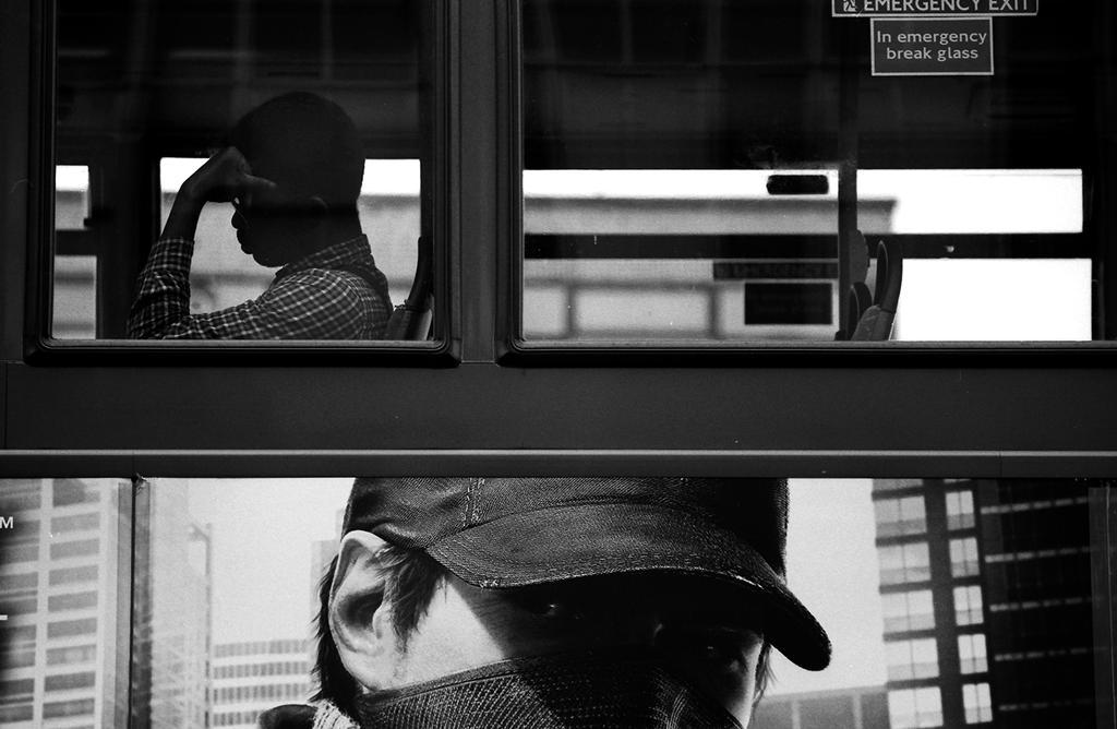 009 on the bus series by noahsamuelmosko