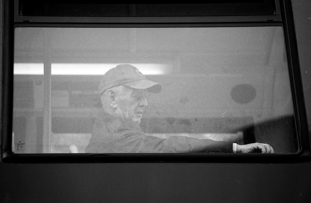 008 on the bus series by noahsamuelmosko