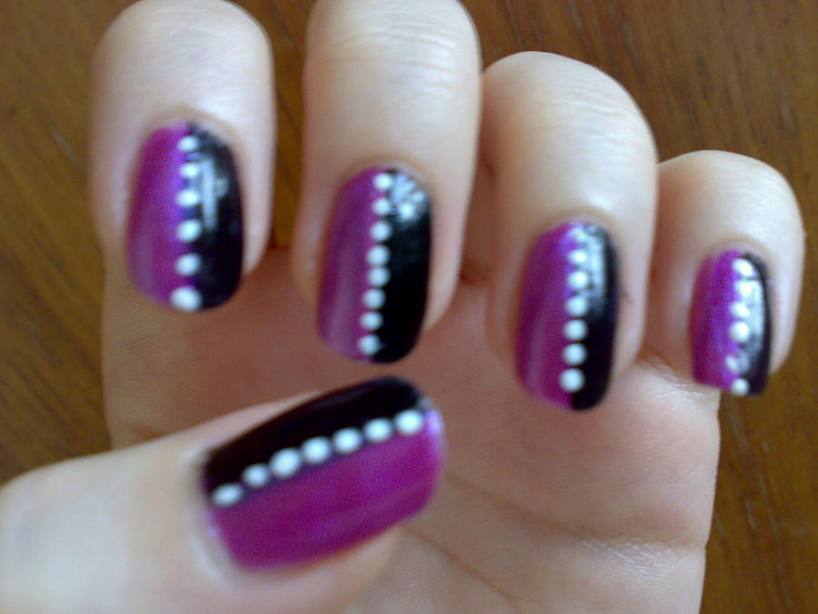 Purple/Black Striped Nails by Taralr on DeviantArt