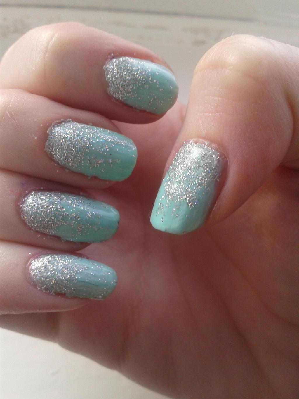 Silver Glitter Gradient Nails by Taralr on DeviantArt