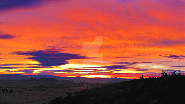 Goldendale Sunrise By MJossetteD Photo