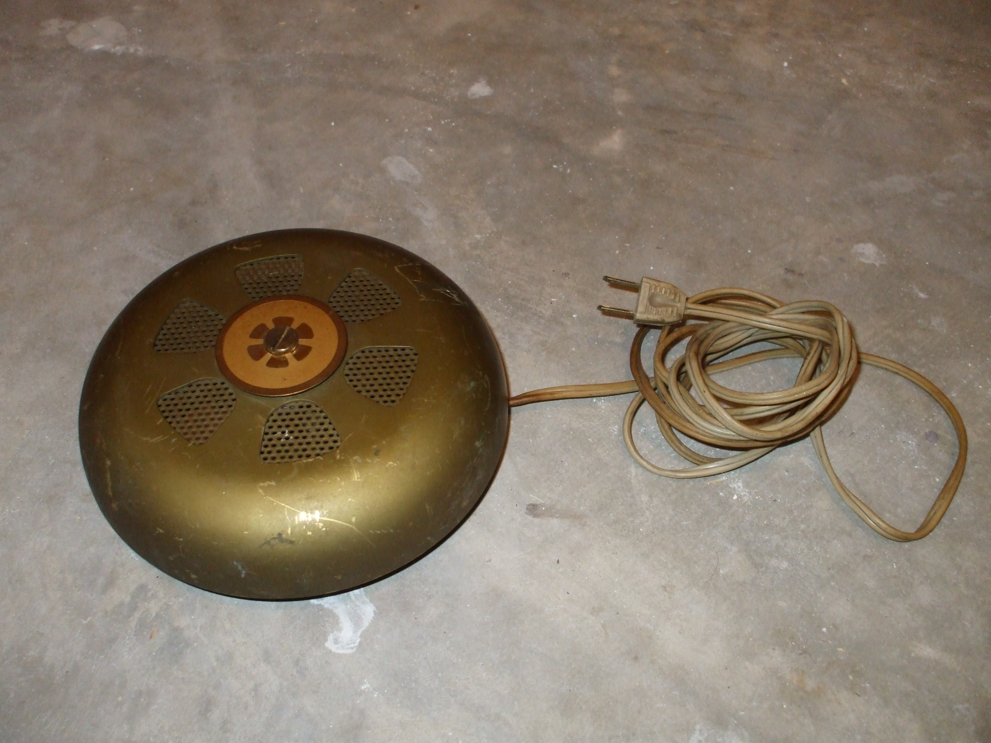 Vulcan smoke detector by cheetahmikey