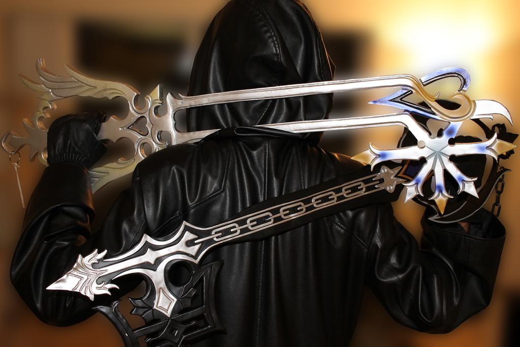 Oathkeeper or Oblivion? by iNightfaller