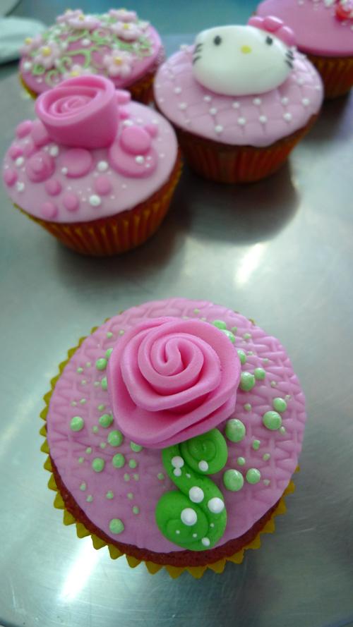 Cupcakes 1 by akr1