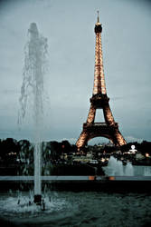 The tower and the fountain