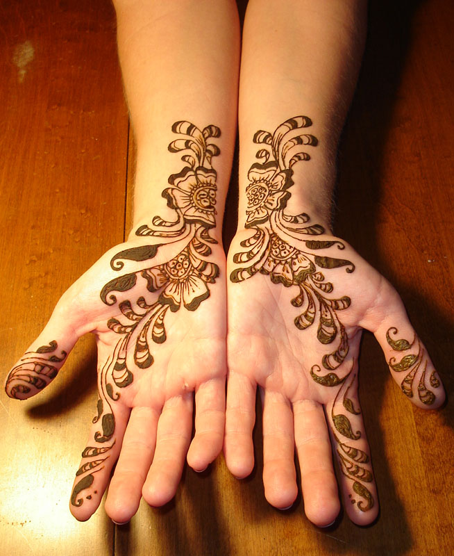 Wedding Mehndi Henna Tattoos On Hand | zentrader