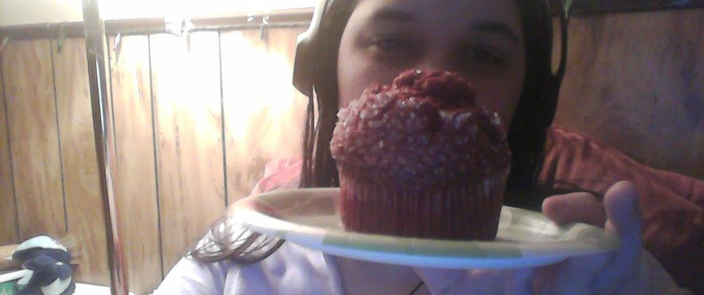 Red velvet muffin by BluethornWolf