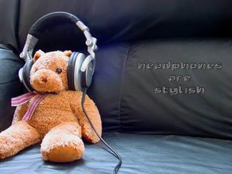 Headphones by veryangelic
