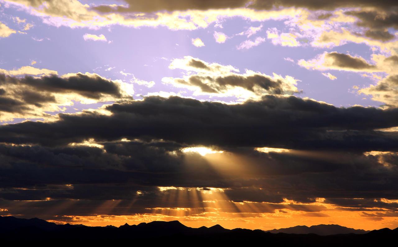 Sunset 9095