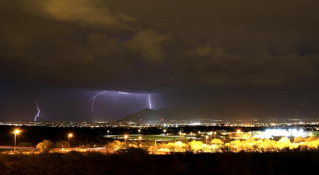 Lightning 1785