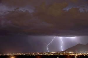 Lightning 1749 by Mammoth-Hunter