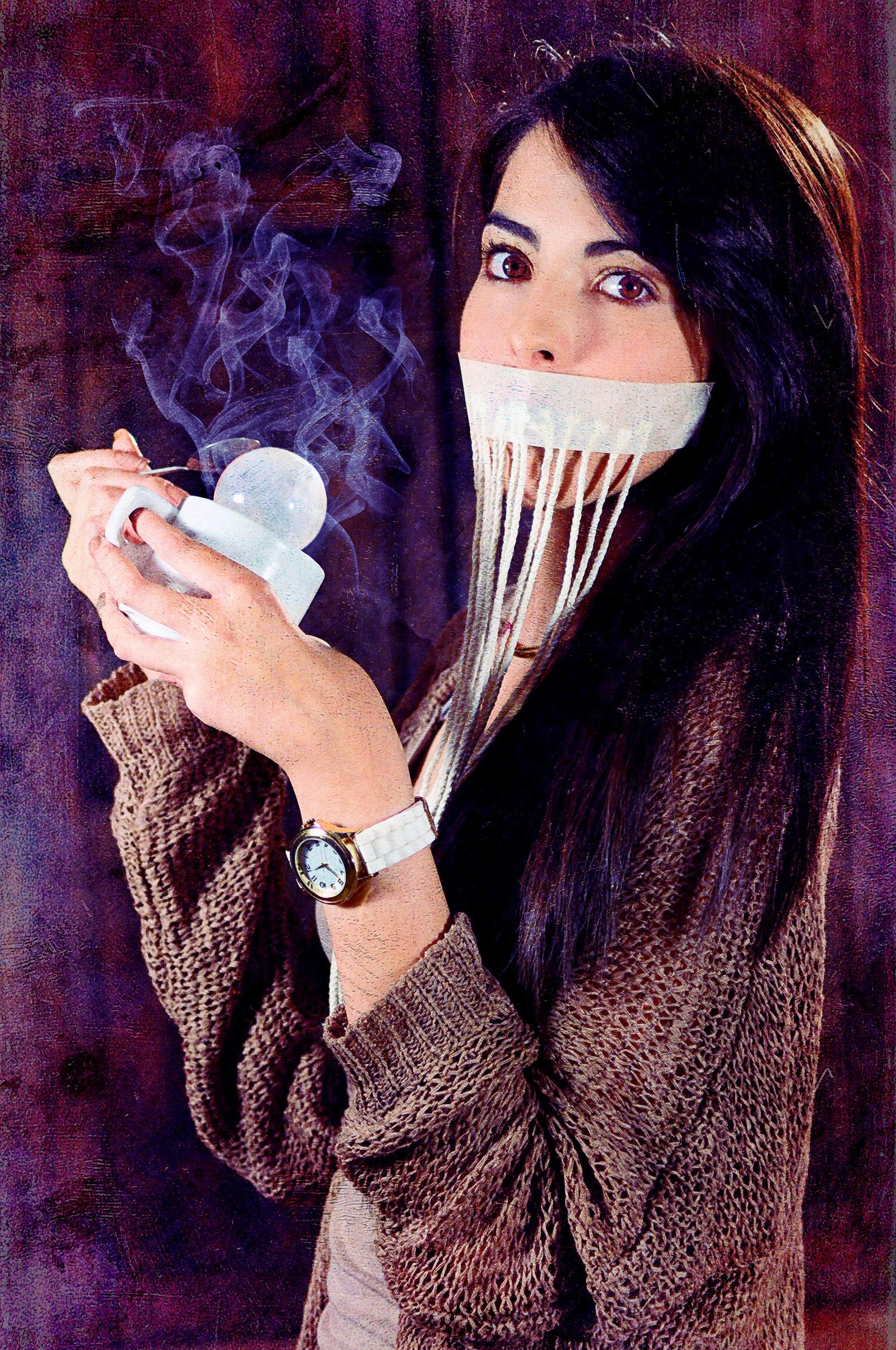 Drinking Light Tea by BENAFOG