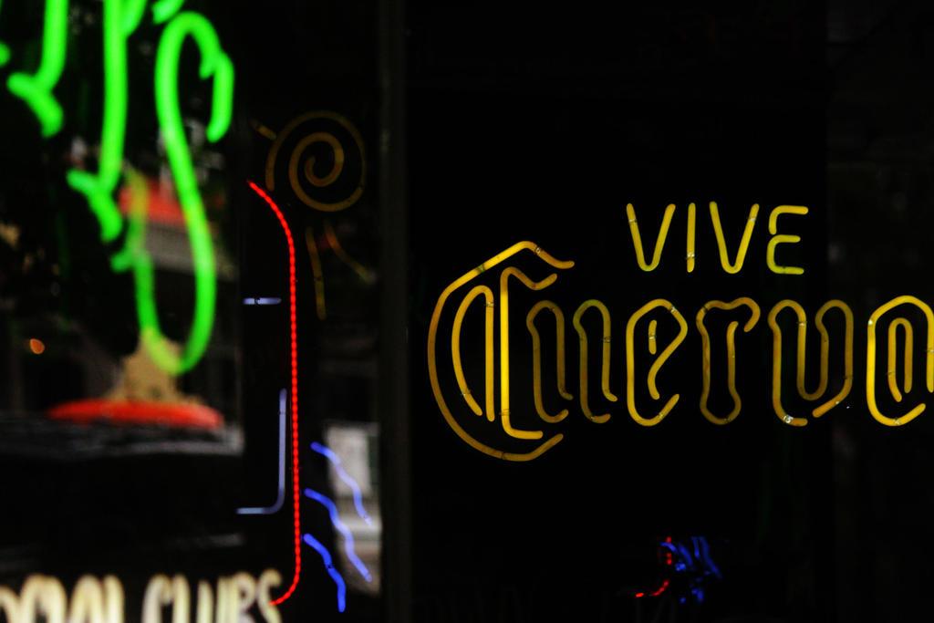 Vive by pengirl389265