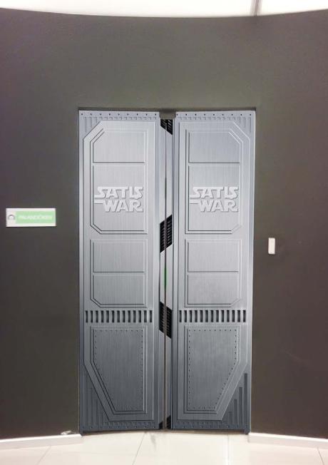 Spaceship door