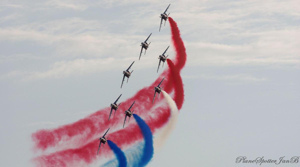 Patrouille de France by PlaneSpotterJanB