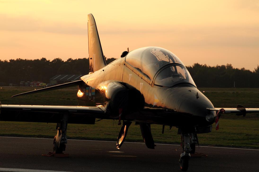 British Aerospace Hawk T1 by PlaneSpotterJanB