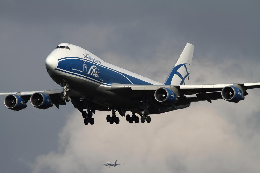 Boeing 747-46NF/ER/SCD by PlaneSpotterJanB