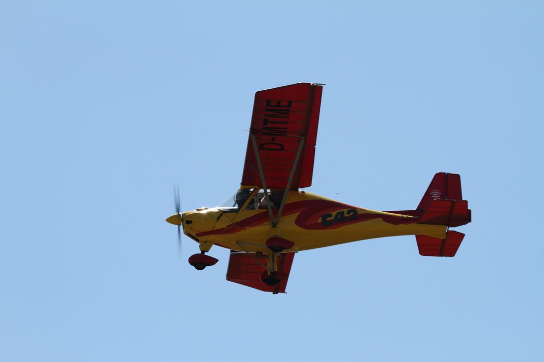 Ikarus C-42 Cyclone by PlaneSpotterJanB