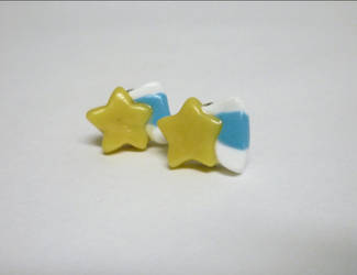 Shooting star earrings by paperfaceparade