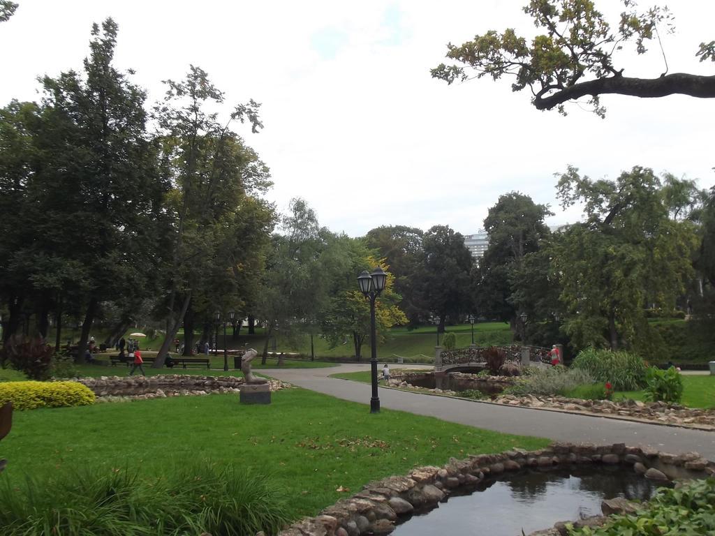 Riga's Park by Pyrgus