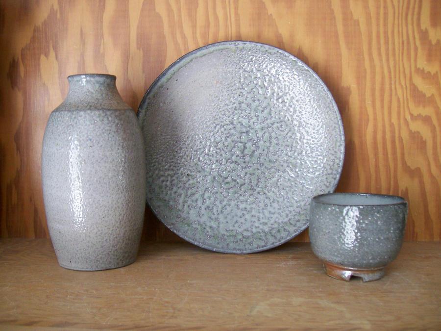 Bottle, Plate, and Chawan by KCJoker33