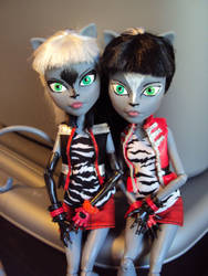 Werecat Twins repaint by mysteriousmage