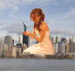 Giantess in New York by Alberto62