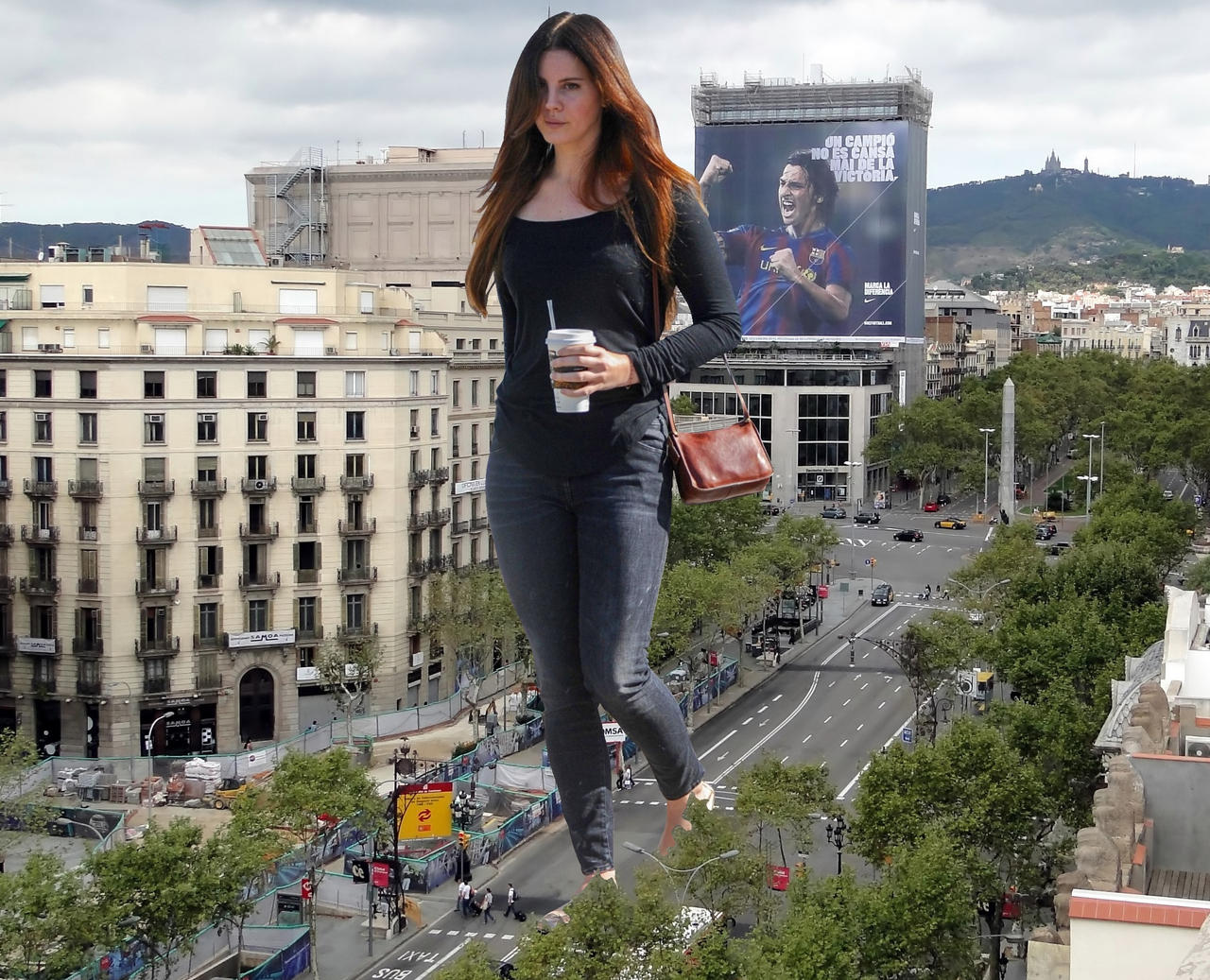 Giantess Lana Del Rey