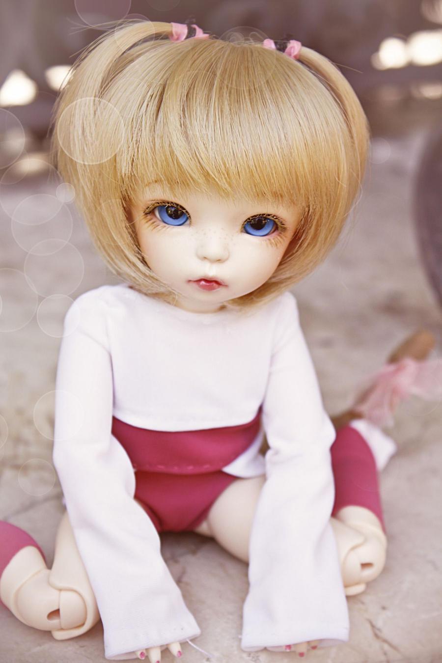 Pretty Little Girl by AidaOtaku-BJD
