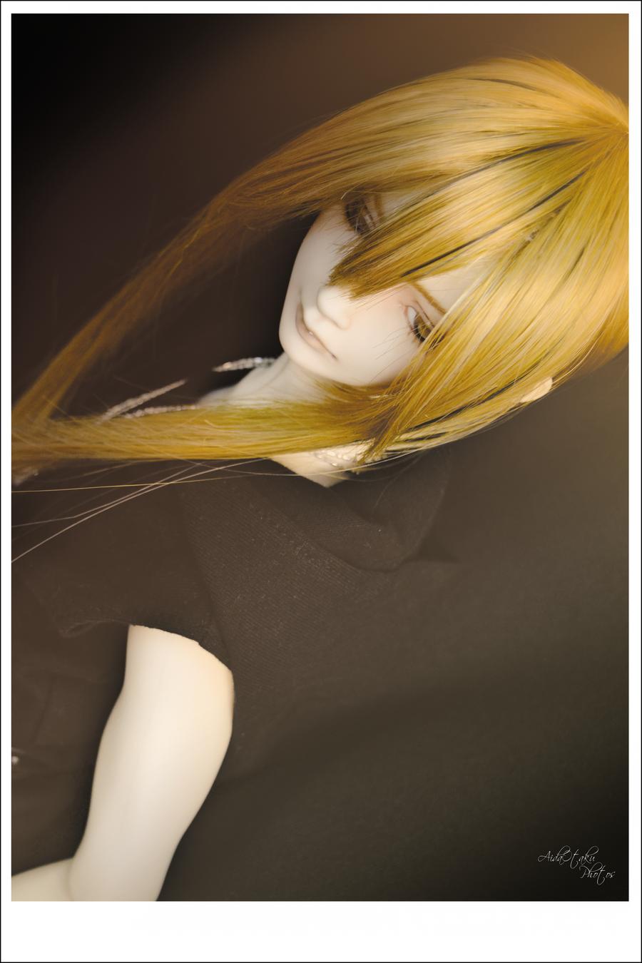 Black in Light IV by AidaOtaku-BJD