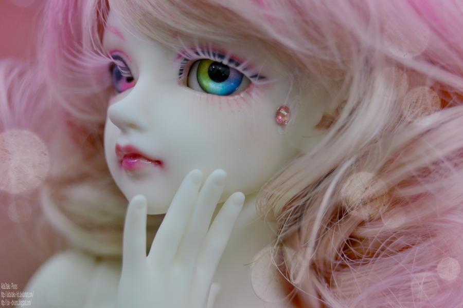Truthful eyes II by AidaOtaku-BJD