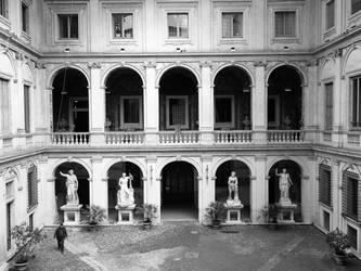 Palazzo Altemps by pelgia