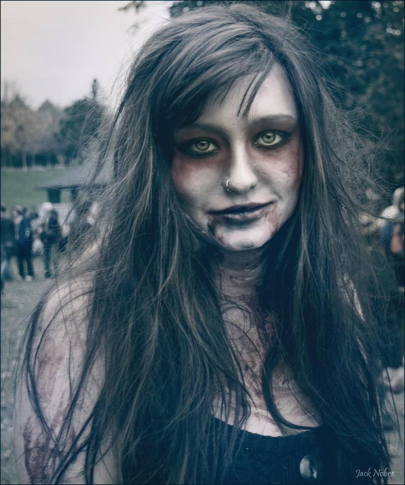 Zombie Girl 2 by Jack-Nobre