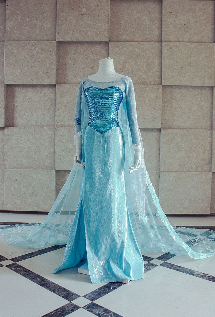 Frozen the snow queen Elsa Cosplay Costume by namiioe ... & Frozen the snow queen Elsa Cosplay Costume by namiioe on DeviantArt