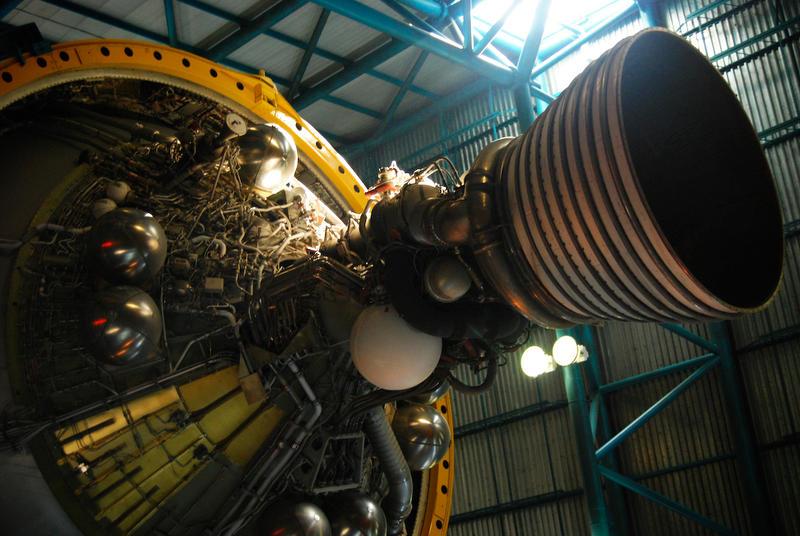 Saturn V Engine vII by soma