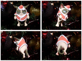 HO! HO! hum... Christmas Cat by mattbag