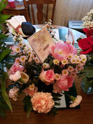 Moms Memorial Arrangement  by ChovexaniArt