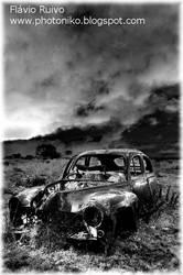 Old Car by FlavioRuivo